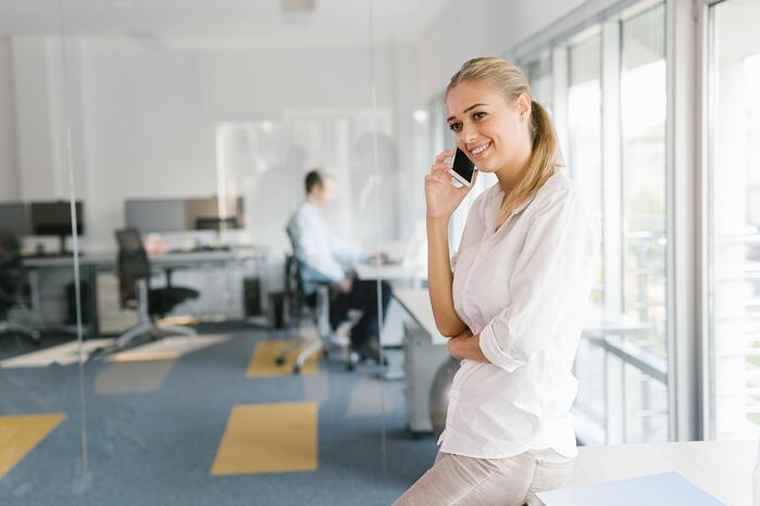 Servicerufnummern im Kundenkontakt (c) Fotolia